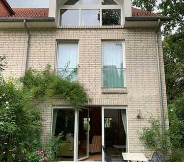 Attraktives modernes Reiheneckhaus in guter Lage in Bremen - Gartenstadt Vahr