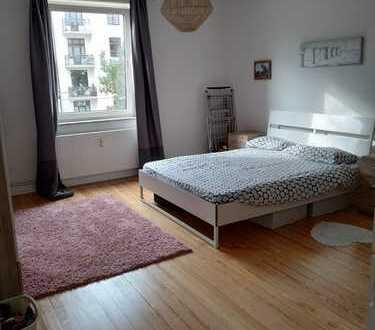 Exklusive 3-Zimmer-Wohnung mit EBK in Barmbek-Nord, Hamburg