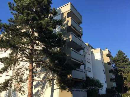 Gepflegte 3,5-Zimmer-Wohnung mit Balkon in Seeheim