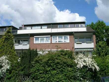 schicke Dachgeschoßwohnung mit großem Südbalkon und offener Küche