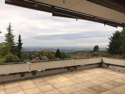 Großzügige Maisonettewohnung mit traumhaftem Skylineblick in Königstein-Falkenstein