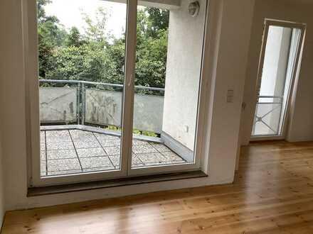 Neuwertige 3-Zimmer-Wohnung mit Balkon und EBK in Teltow