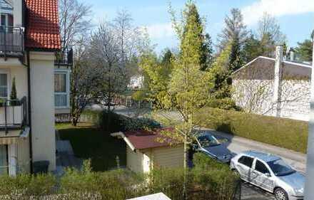 Sehr schöne, helle 3-Zimmer-Wohnung mit Balkon im besten Waldtrudering, München