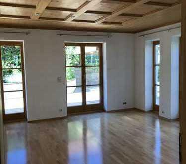 Wunderschönes Ein-/Zweifamilienhaus von privat!