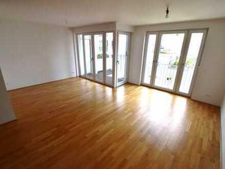 Lichtdurchflutete Eigentumswohnung zur Eigennutzung in bester Friedrichshainer-Lage.