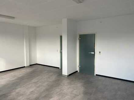 Büros, Seminarräume, Lagerräume + Parkplätze - Flexible Größen - Top Lage - Hannover Langenhagen