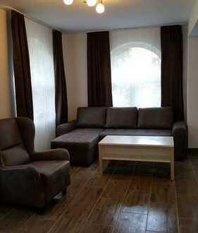 Erstbezug: stilvolle/Möbliert 2-Zimmer-Erdgeschosswohnung mit EBK in Besigheim