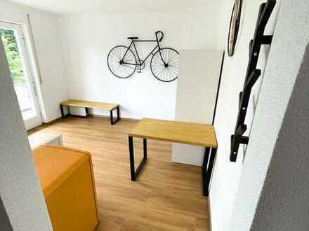 Möblierte und vollständig renovierte 1-Zimmer-Wohnung mit Balkon und Einbauküche in Lahr/Schwarzwald
