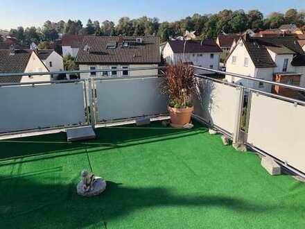 Schöne Dachgeschoßwohnung mit Weitblick und großer Terrasse