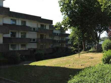gut geschnittene 2 Zimmer Wohnung in der 6 Etage, nach ABSPRACHE zu vermieten!