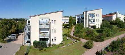 Gepflegte 2-Zimmer-Wohnung barrierefreie Wohnung mit Balkon in Bernhardswald