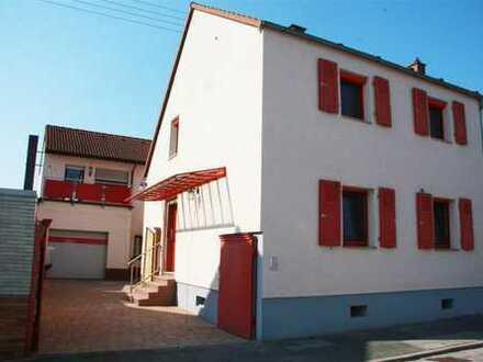 Schönes Haus mit acht Zimmern in Rhein-Pfalz-Kreis, Maxdorf, provisionsfrei