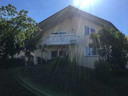 Schönes, geräumiges Haus mit acht Zimmern in Neckar-Odenwald-Kreis, Schefflenz
