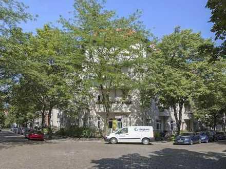Perfektes Investment in aufstrebender Lage - 4 Zimmer Altbau nahe Wuhlheide