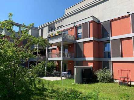Stilvolle, gepflegte 3-Zimmer-Wohnung mit Balkon im 1. OG und offener Küche in Nürnberg Thon