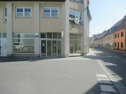 Gewerberäume, Einzelhandel, Gastro. Nur 180m vom Altmarkt und Rathaus entfernt!.