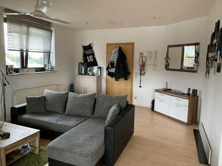 Gepflegte 1-Zimmer-DG-Wohnung oder Büro mit EBK in Marl Polsum