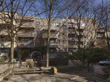 Frisch Modernisierte 3- Zimmerwohnung mit großem Balkon zu vermieten