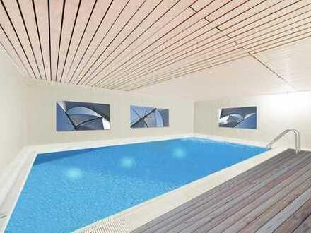 E & Co. - Großes Eckhaus (insg. ca. 277qm Wohn-/Nutzfläche) mit Indoor SCHWIMMBAD. Ruhig + Grün.