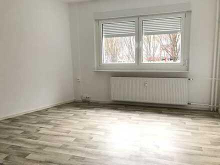 Geräumige 2-Zimmer-Wohnung im Erdgeschoss sofort bezugsfertig