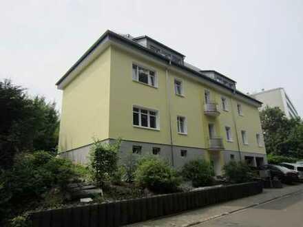 Große 2 Zimmer-Wohnung mit Sonnenterrasse und EBK in Bad Schwalbach am Kurpark