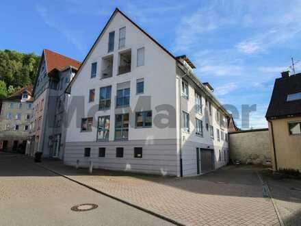 Hell u. offen: 2-Zi.-ETW mit Loggia in zentraler Lage von Sulz am Neckar