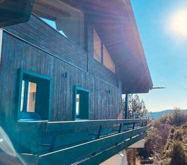 Erstbezug nach Sanierung: Repräsentatives Traumhaus mit Bergblick