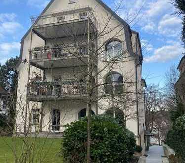 5-Zimmer-DG-Maisonette in modernem, denkmalgeschützten 4-Fam.-Haus mit hochwertigen Einbauten, EBK