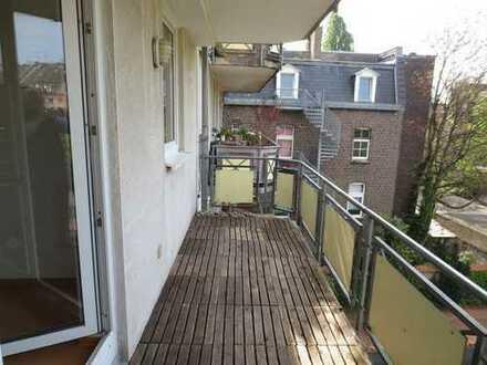 Traum-Wohnung mit Balkon in Ehrenfeld!!!