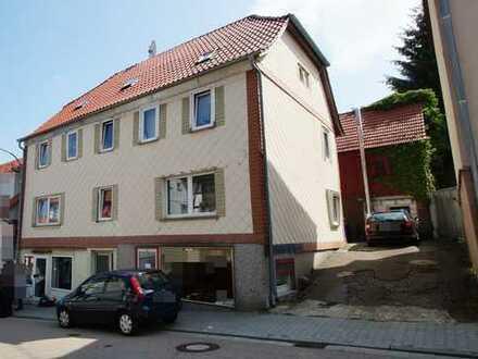 Großes Mehrfamilienhaus zentral in Beerfelden