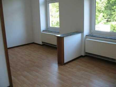 schöne 2 Zimmer KDB / 65 m² frisch renoviert / bezugsfertig