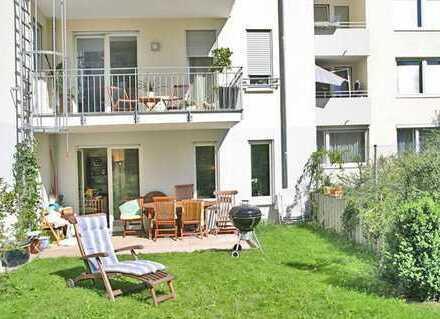 Absolute Rarität: 4-Zimmer-Luxus-Wohnung mit eigenem, sonnigen Garten in Toplage Maxvorstadt