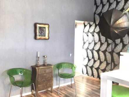 Möblierte 3 Zimmer Wohnung mit Terrasse und Balkon in Senne