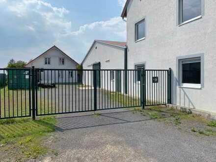 270 qm Warmlufthalle + Büro + Einfamilienhaus