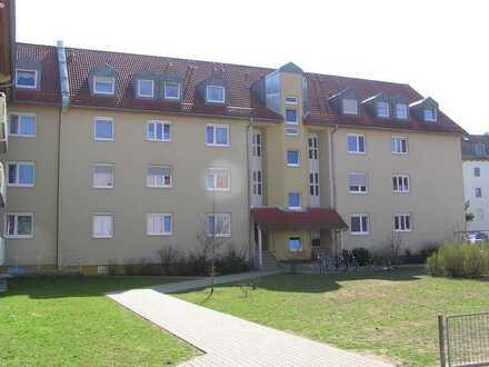 4-Zimmer-Sozialwohnung (DG) mit Balkon in Roth zu vermieten!