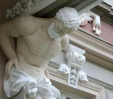 Wunderschöne 3 R. Wohnung mit EBK in saniertem Denkmal, zentral ***provisionsfrei***