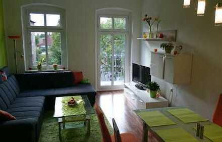 Freundliche 3-Zimmer-Wohnung mit zwei Balkonen, Autostellplatz und Einbauküche in Hohen Neuendorf