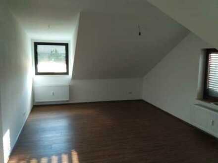 Attraktive 3-Zimmer-Dachgeschosswohnung in Kieselbronn
