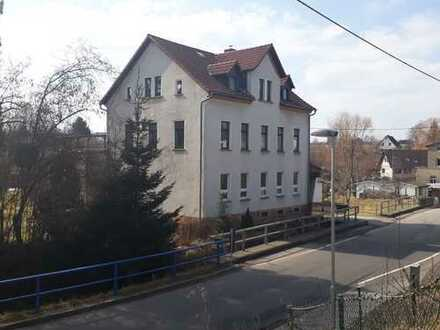 vermietetes Mehrfamillienhaus in Burgstädt nahe Chemnitz von Privat