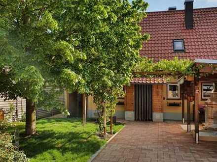 JETZT ZUGREIFEN! Romantisches Haus vor den Toren Münchens in ruhiger Wohnlage ! !