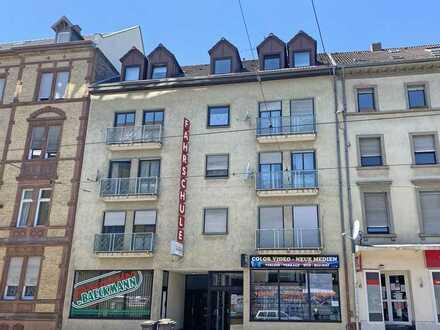 FREI! 1-Zimmer-Apartment mit Wohnküche und 2 Balkonen im Herzen der Südweststadt!