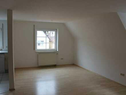 Modernisierte 3 Zimmer-Wohnung mit Einbauküche in Beilstein