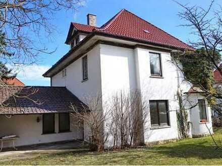 Schönes, geräumiges Haus mit sechs Zimmern in Lichtenfels (Kreis), Lichtenfels