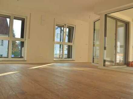 Helle, exklusive 2-Zimmer-Wohnung im Zentrum von Pfaffenhofen (Loggia + Garten)