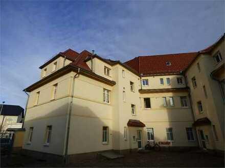 Hübsche Dachgeschosswohnung im Zentrum von Coswig