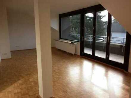 Tolle Wohnung mit Südbalkon im Musikantenviertel !!!
