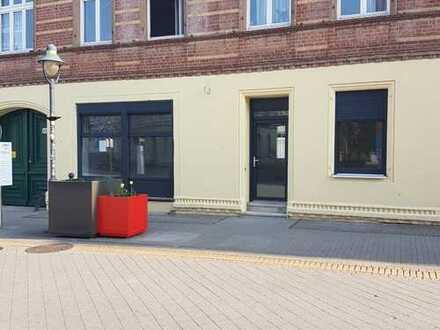 Burg, attraktiver Laden, Schartauer Str. 34-35, Erstbezug nach TOP-Renovierung, Parkplätze
