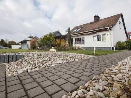1-2 Familienhaus mit Einliegerwohnung in Sonnenlage