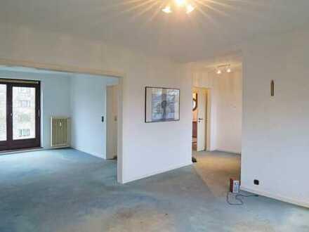 Voigt Immobilien: helle und modern geschnittene 2-3 Zi. Wohnung inkl. Küche, Balkon und Terrasse