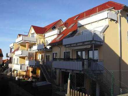 Schöne 4-ZKB mit Balkon und Garten im 1. OG in Mering